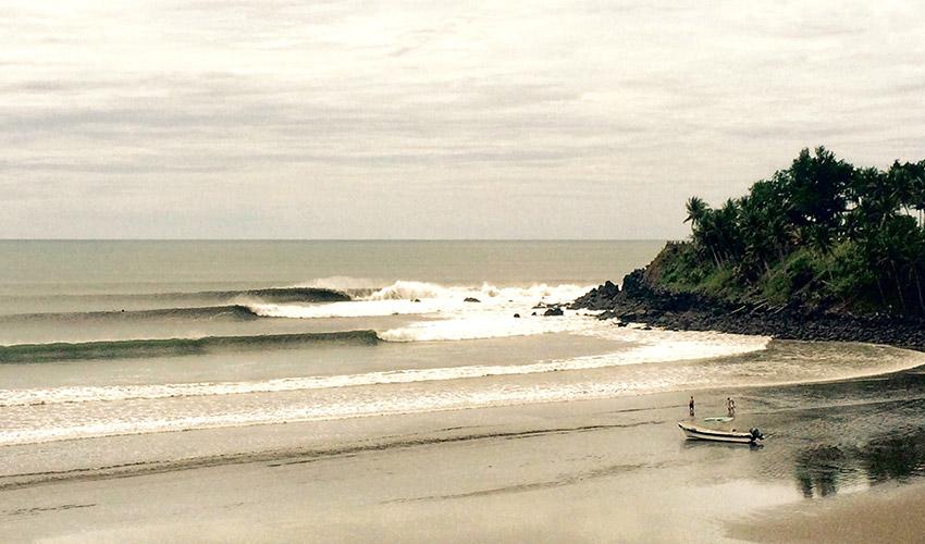 El Salvador Beach Hotels Las Flores Beach Hotel Surf Resort and Spa